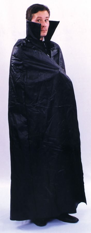 Featured Image for Faux-Leather Dracula Cape